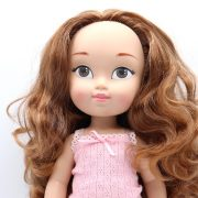 muñeca pelirroja